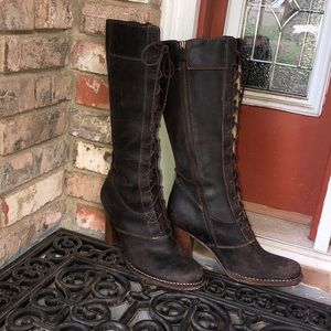Frye Villager lace up boots size 8.5